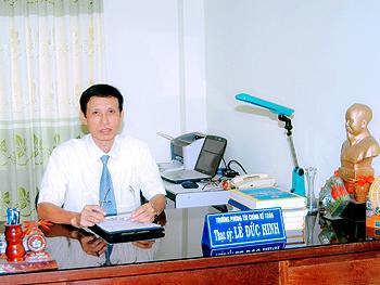 http://caodangvietxo.edu.vn/images/fckUpload/image/Khoa/TV/chuhinh.jpg